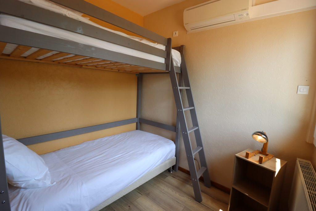 chambre d'hôtes lits superposés Montpezat Quercy