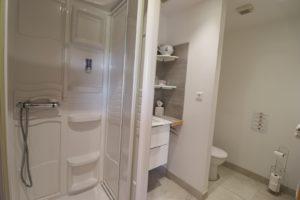 Hébergement salle de bain privée